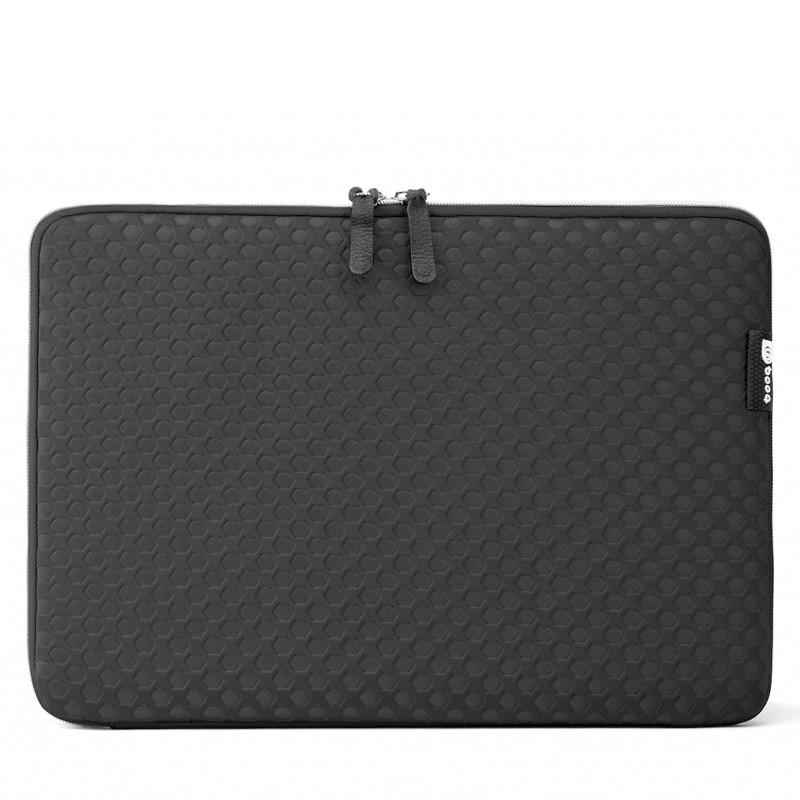 Booq - Taipan Spacesuit MacBook Pro 13 inch 2016 Black 01