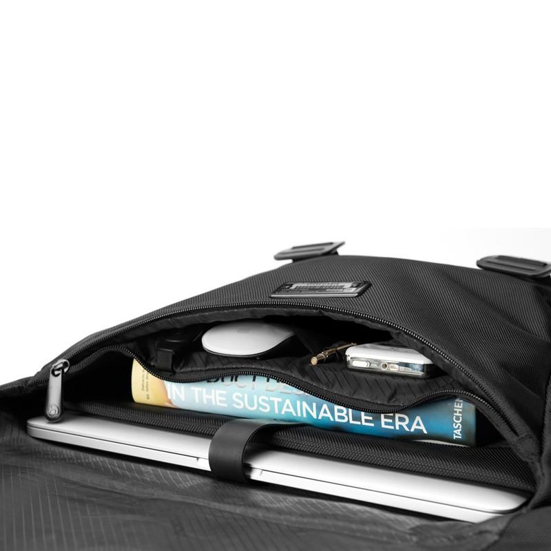 Booq - Shadow 15 inch Laptop Messenger Black 08