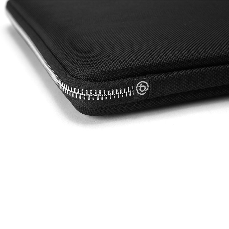 Booq - Viper Hardcase M MacBook Pro (2016) Black 07